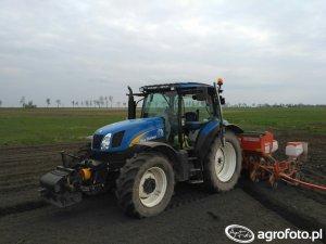 New Holland T6030 Delta Dane techniczne